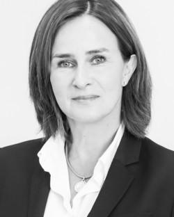 Profilbild-Daniela Leppla-Fachanwaeltin-fuer-Familienrecht-in-München